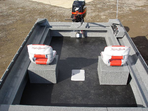 Power Boats Bed Liner Flooring