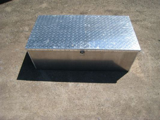 Koffler's Dry Box with Diamond Plate Lid