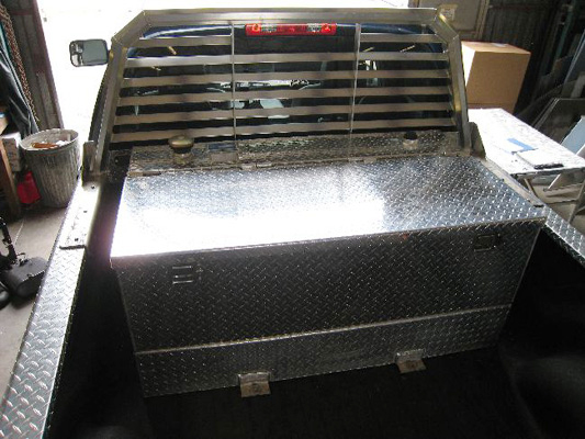 Koffler's Truck Bed Storage Chest in Diamond Plate