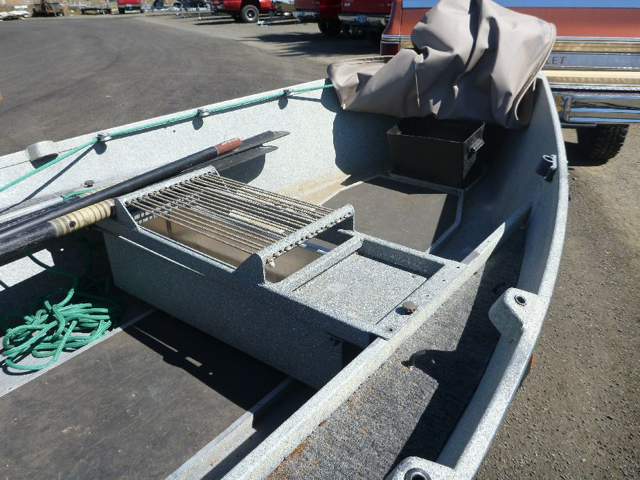 Rope seat and fish box koffler boats for Fish box for boat