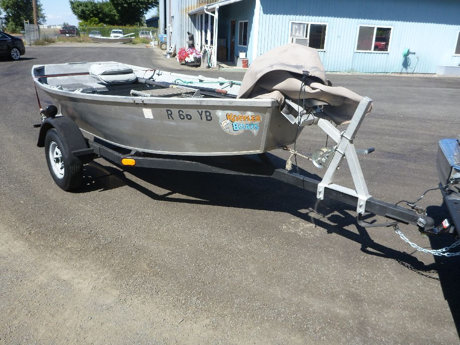 Small used aluminum boat for sale koffler boats for Fishing pontoons for sale