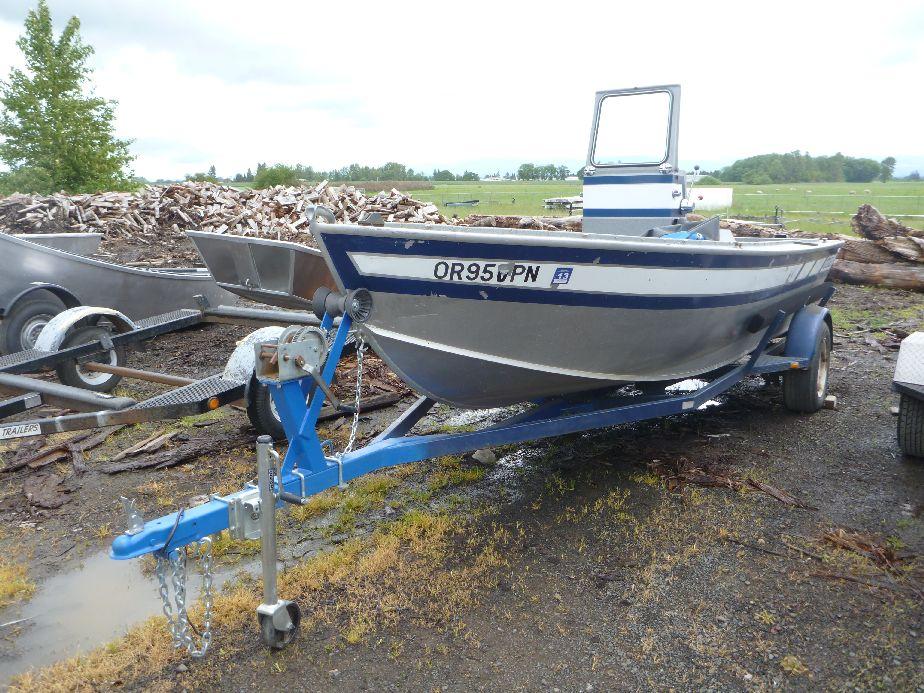 1987 Used 17 Alumaweld Inboard Koffler Boats