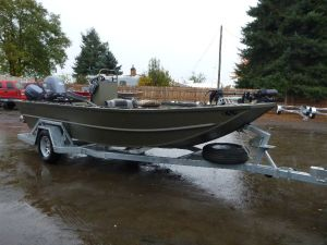 18′ x 72″ Sled Boat Center Console Model
