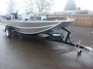 18′ x 72″ Sled Boat Tiller Model